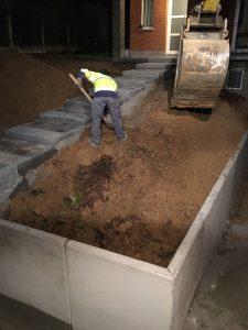 Vlezenbeek sifonput L-profielen, Keerwanden oprit klinkers voortuin afbraak tuinmuur uitgraven stookolieketel_0202_0224