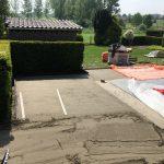 aanleg tegels terras klinkers oprit afvoergeul opbraak oud terras Leerbeek - Massaert bvba
