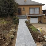 natuursteen aanloop voordeur trappen - Massaert bvba