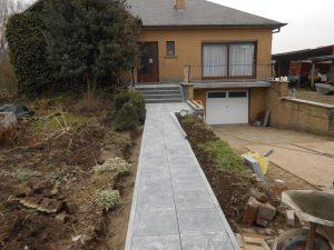 natuursteen aanloop voordeur trappen