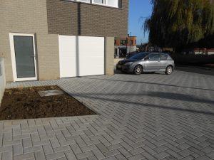 omgevingsaanleg beton straatstenen
