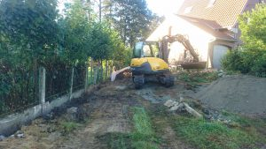 plaatsing keerwanden l-profielen tuin Vlezenbeek_0679