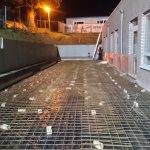 voorbereiding storten gewapend beton gepolierd basisschool Gooik wapeningsnetten - Massaert bvba