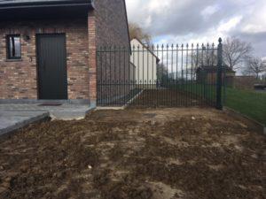 aanleg buitentrap pad voordeur kassei terras oprit grind 16