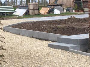 aanleg buitentrap pad voordeur kassei terras oprit grind stabilisatiematten Vlezenbeek8