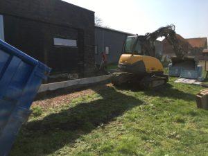aanleg gangpad rond villa en terras keramische tegels Cimenti Midnight 80x80 Sint-Pieters-Leeuw_0954