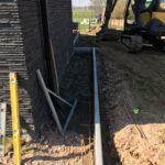 aanleg gangpad rond villa en terras keramische tegels Cimenti Midnight 80x80 Sint-Pieters-Leeuw_0971 - Massaert bvba