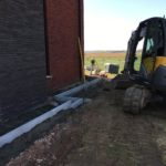 aanleg gangpad rond villa en terras keramische tegels Cimenti Midnight 80x80 Sint-Pieters-Leeuw_0972 - Massaert bvba