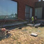 aanleg gangpad rond villa en terras keramische tegels Cimenti Midnight 80x80 Sint-Pieters-Leeuw_0976 - Massaert bvba