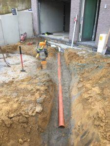 aanleg gescheiden rioleringsstelsel Vlezenbeek met infiltratieput hemelwaterput septische put_0747