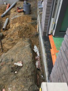 aanleg gescheiden rioleringsstelsel Vlezenbeek met infiltratieput hemelwaterput septische put_0757