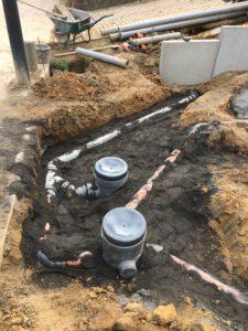 aanleg gescheiden rioleringsstelsel Vlezenbeek met infiltratieput hemelwaterput septische put_0773